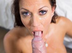Kompilacija deklet katerim je sperma končala v ustih