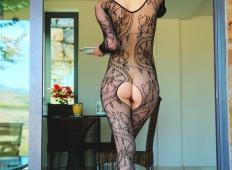 Dekleta v sexy oblekah naredijo svoje moške totalno potrebne